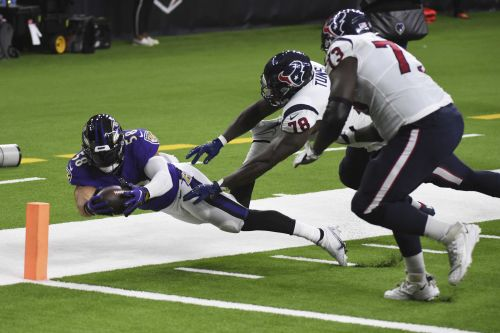 Ravens beat Texans, 33-16