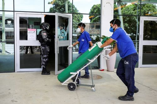 City in Brazil running out of oxygen as COVID-19 surges