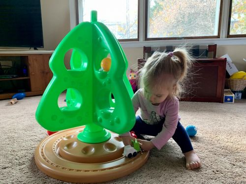 I bought this 2.5-foot Christmas tree toy so my daughter can decorate her own tree - it's a fun way for kids to 'help out' over the holidays