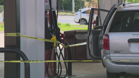 Road rage incident turns into fist fight outside West Dundee gas station