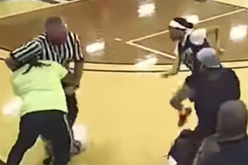 Ref gets body slammed in wild youth basketball brawl