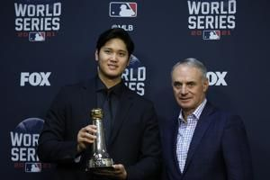 Ohtani gets special award from MLB for 2-way All-Star season