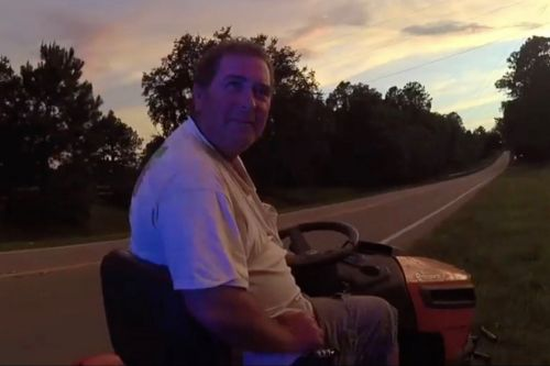 Florida man busted for DUI while riding lawnmower on highway