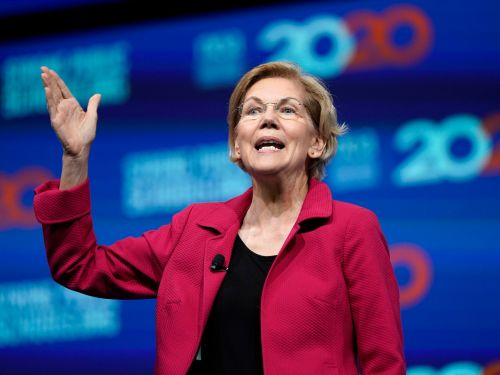 Elizabeth Warren just tweeted at Larry Page that Congress will still hold him accountable for Google, regardless of his job title