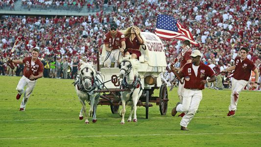 Sooner Schooner flips in scary crash during Oklahoma-West Virginia game