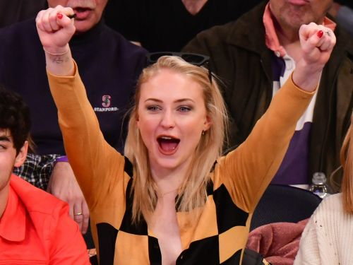 'Game of Thrones' star Sophie Turner thrilled fans by chugging a glass of wine while on the jumbotron at a hockey game