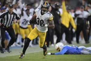 Steelers' Conner scores 2 TDs, Hodges wins first start