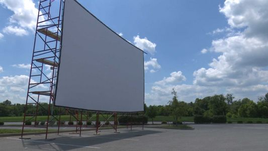 Drive-in movie theater brings the big screen to Simpsonville