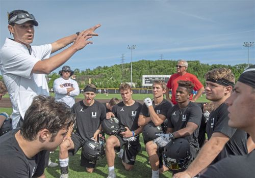 Varsity Xtra video: New coaches in spotlight, taking over for legends