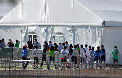Parents of 545 children separated at border can't be found, court-appointed lawyers say