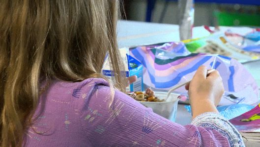 Bill aims to have more Mass. students eating school breakfasts