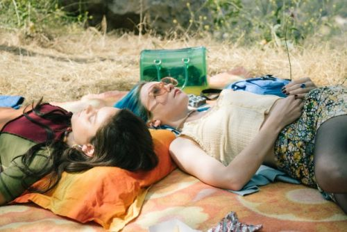 Jessica Barden aims to spotlight anxiety in MTV's 'Pink Skies Ahead'