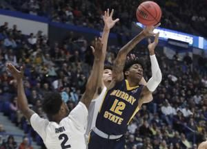 Morant's triple-double leads Murray St past Marquette, 83-64