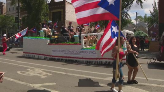 Puerto Rican Day Parade returns in first major Chicago parade since start of pandemic