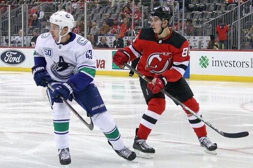 Jack Hughes' first goal enough to keep Devils rolling