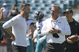 Cardinals coach Kingsbury, 2 others to miss Sunday vs Browns