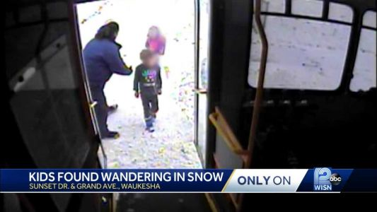 Bus driver finds 6-year-old boy, 2-year-old sister wandering on snowy street