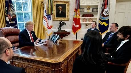 Trump holds surprise meeting with Twitter CEO Dorsey at White House