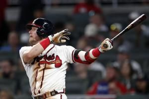 Braves use homers, better bullpen to beat Ryu, Dodgers 4-3