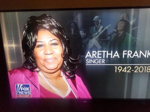 Fox News apologizes after using wrong photo during Aretha Franklin tribute