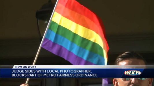Federal judge sides with wedding photographer, blocks part of Metro Fairness ordinance