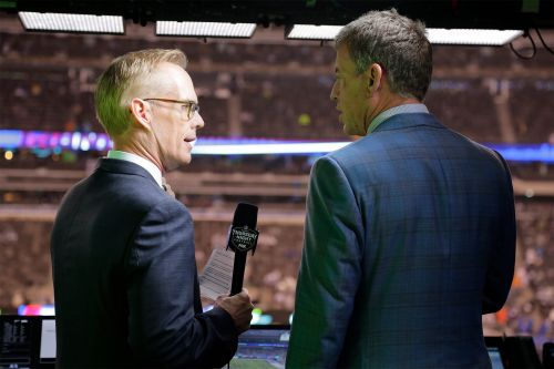 Joe Buck and Troy Aikman were a mess during Giants game