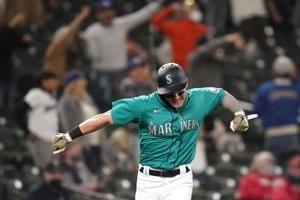 Kelenic announces arrival as Mariners top Indians 7-3
