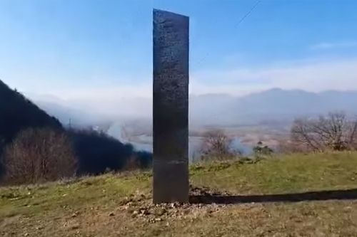 Mystery monolith disappears from Romanian forest