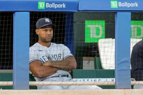 Yankees do right thing by supporting heartbroken Aaron Hicks