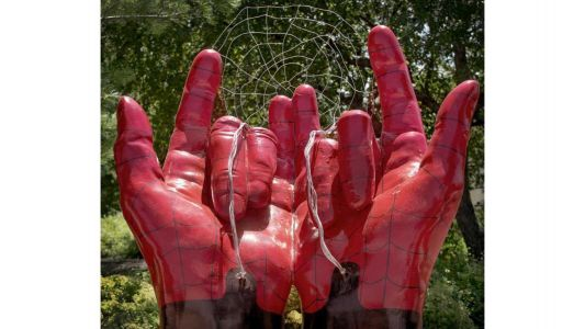 City explains its public art shows Spider-Man's hands, not devil horns, after complaint