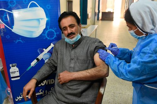 Doctors Struggle to Convince Pakistanis to Get Their Vaccine Shot