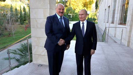 Putin congratulates Lukashenko on winning presidential vote in Belarus