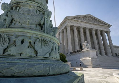 Splitting 5-4, Supreme Court blocks N.Y. coronavirus limits on houses of worship