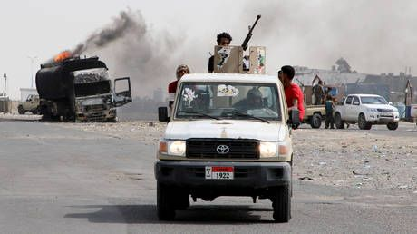 Yemeni separatists abandon self-rule as Saudi Arabia brokers peace deal between allies