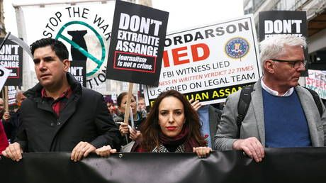 Assange supporters rally in London, as US prepares new extradition attempt