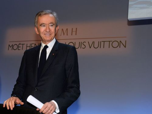 Bernard Arnault just became the 2nd-richest person in the world. These 5 mind-blowing facts show just how quickly the French billionaire's fortune is growing