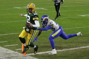Rodgers, Packers beat Rams 32-18 to reach NFC title game