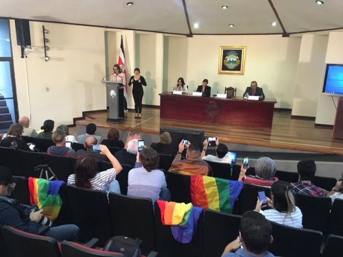 Costa Rica has 18 months to legalize marriage equality