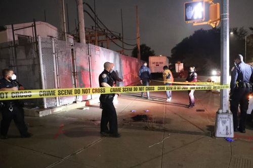 Brooklyn stabbing leaves teen in critical condition