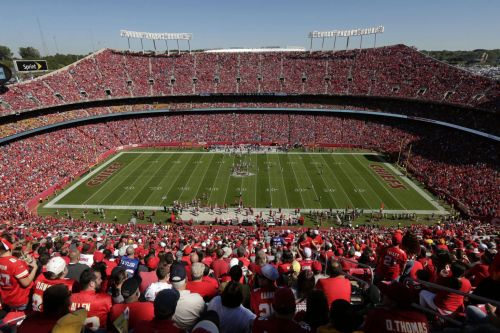 Chiefs player thanks man who rescued him from the snow - with AFC Championship tickets