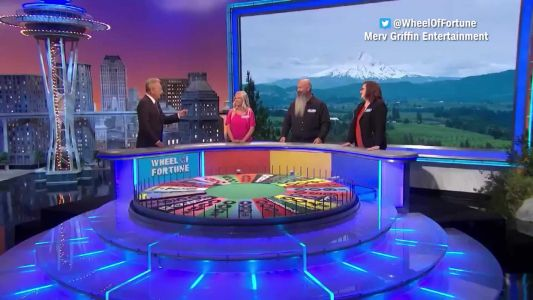 'Wheel of Fortune' contestant uses his intro to say he's trapped in a loveless marriage