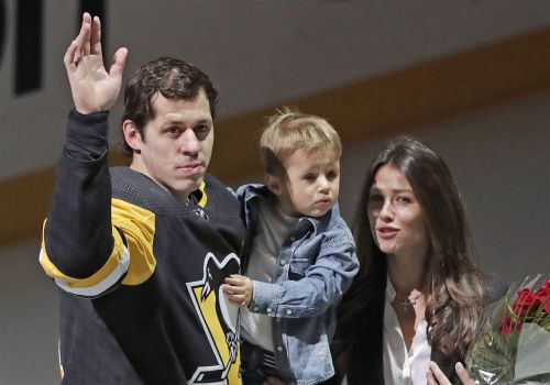 Forechecks and fatherhood: Penguins gearing up for baby boom during playoff chase