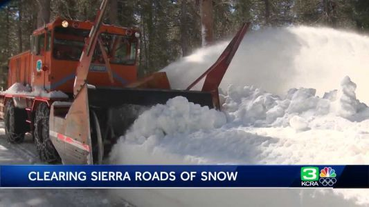 Crews continue work on clearing Sierra roads of snow