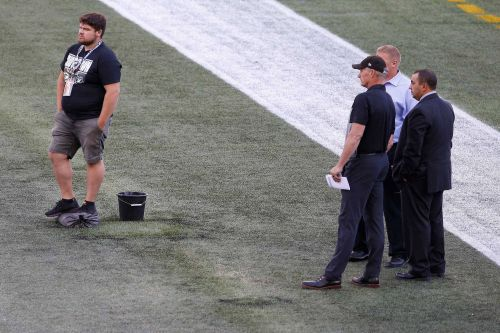 Packers and Raiders forced to play preseason game on 80-yard field