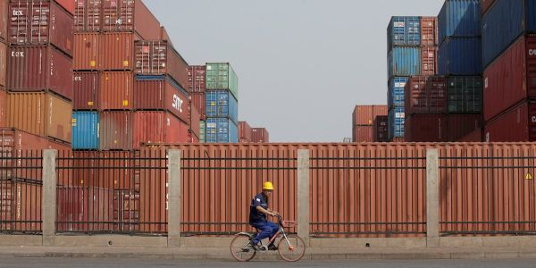 US and Chinese consumers are 'unequivocally the losers' of trade war tariffs - here are the unexpected winners