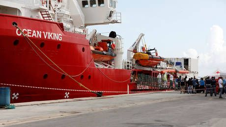 Aid groups seek safe ports for nearly 500 migrants rescued in the Mediterranean