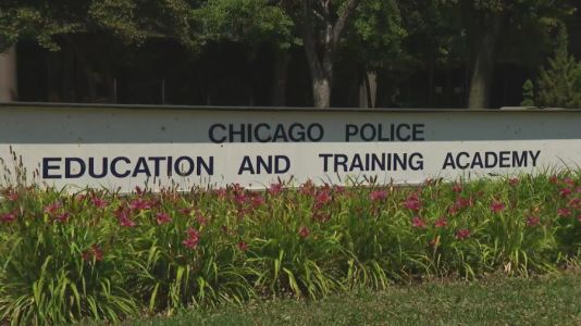Several recruits test positive for coronavirus after Chicago police resumes training