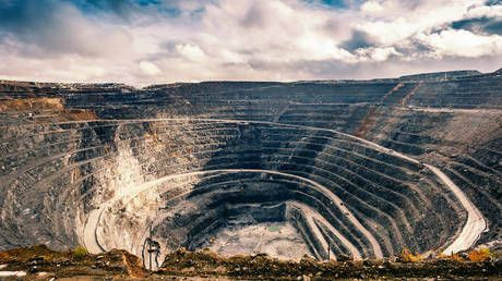 Russia to open WORLD'S LARGEST gold mine in Siberia
