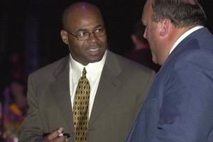 Saints to add the late linebacker Sam Mills to ring of honor