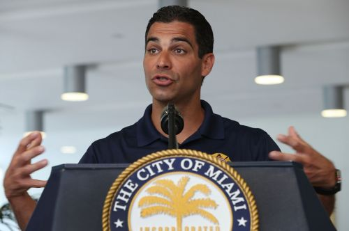 Miami mayor to Trump: Don't come here to debate if you have Covid